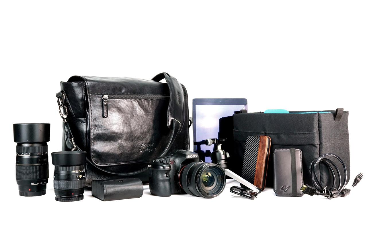 4V Design Camera Messenger Bag (SIMO) - Black/Black Color