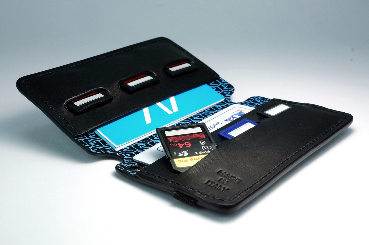 4V Design Leather SD Card Holder (WALLY) - Made in Italy