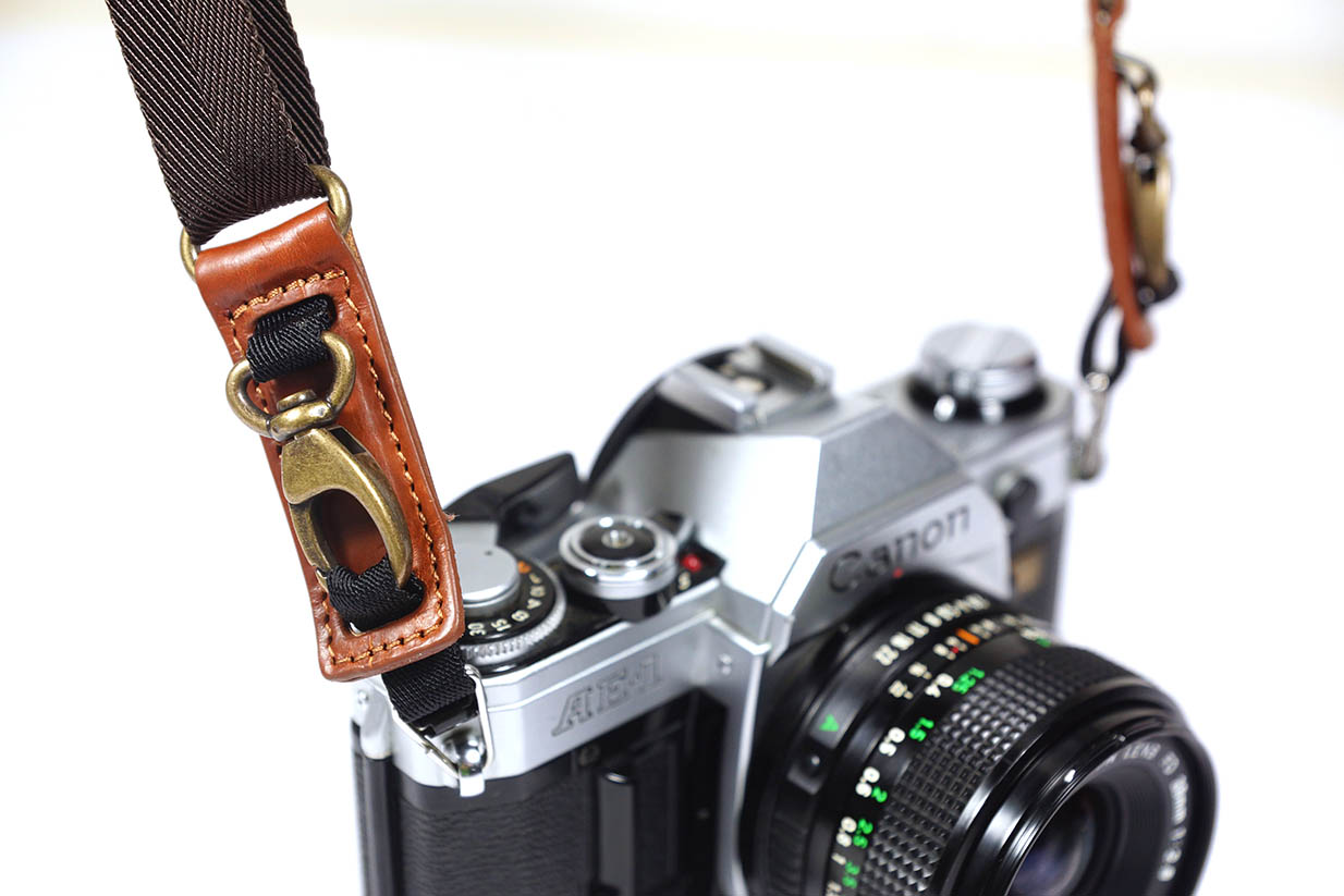 4V Design Camera Neck Strap (PIUMA QR) - Made in Italy